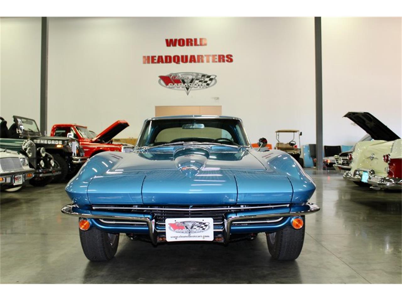 Large Picture of 1965 Corvette - QSRR