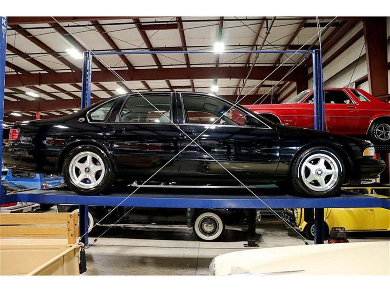 Large Picture of '96 Chevrolet Impala - $16,900.00 Offered by GR Auto Gallery - QV81