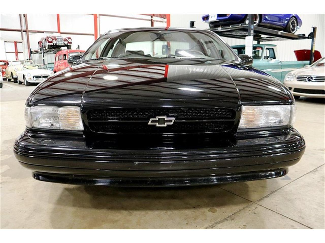 Large Picture of '96 Impala located in Kentwood Michigan - $16,900.00 Offered by GR Auto Gallery - QV81