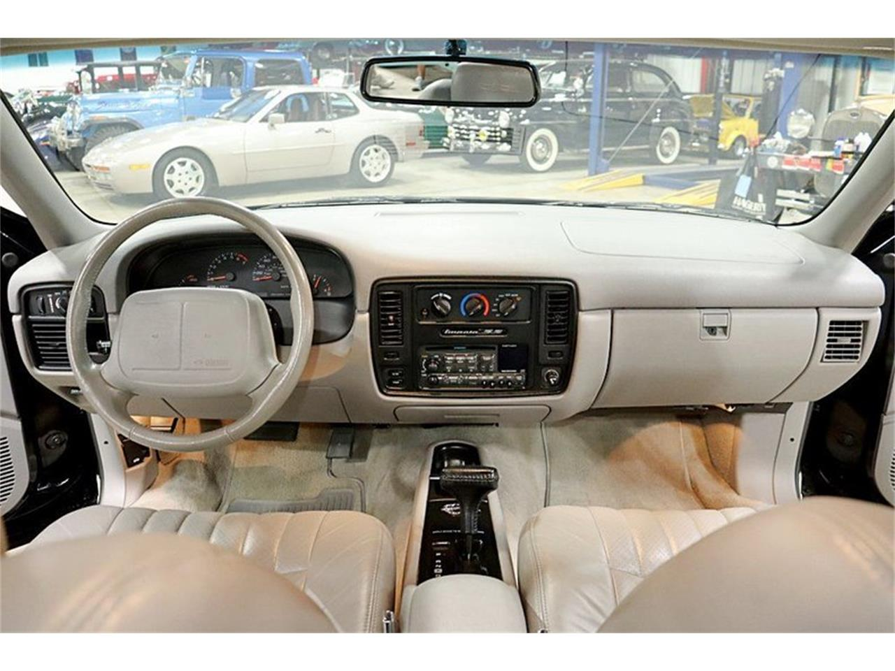Large Picture of '96 Chevrolet Impala located in Michigan - $16,900.00 - QV81