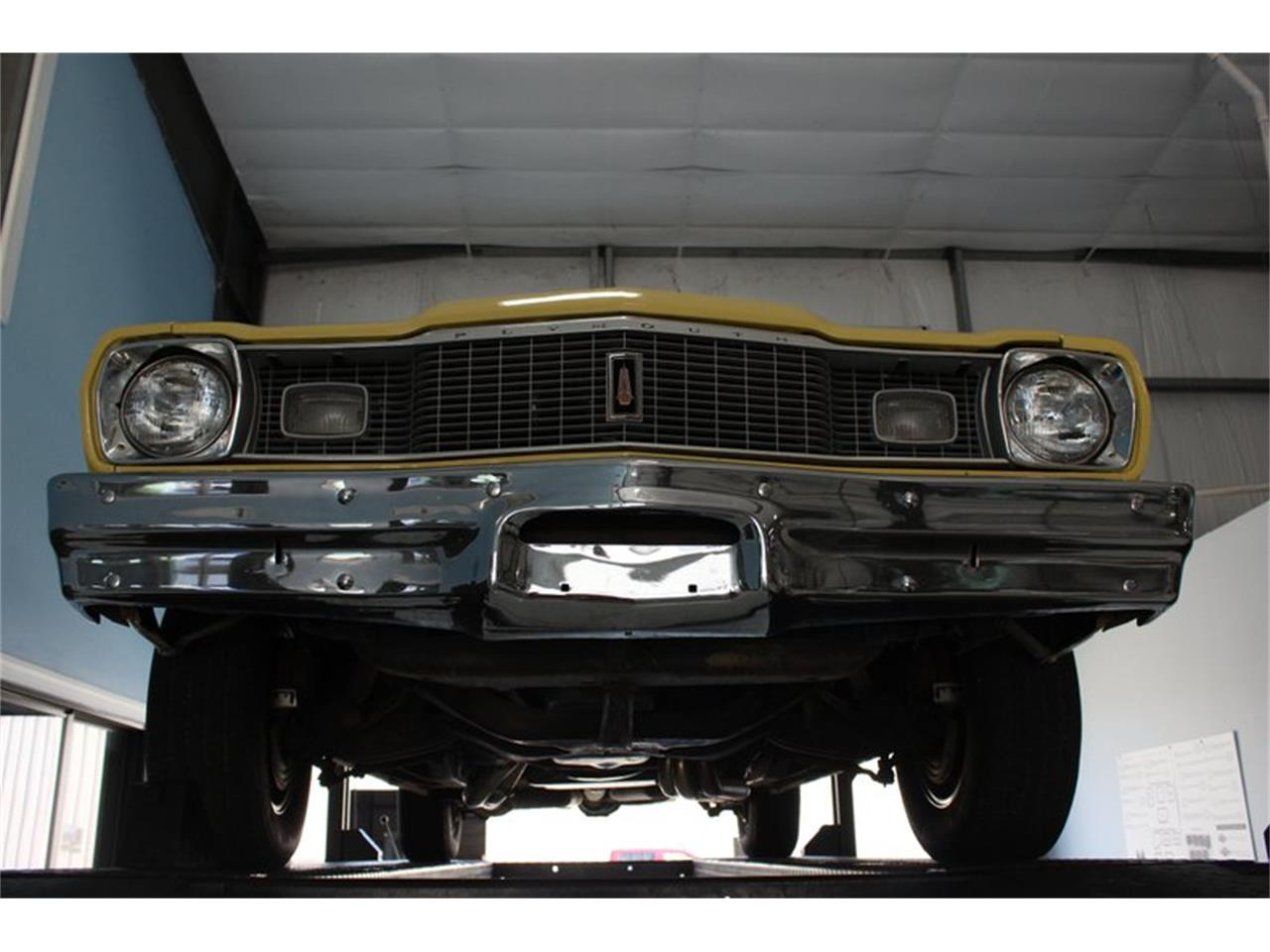 Large Picture of '75 Duster - QV8Z