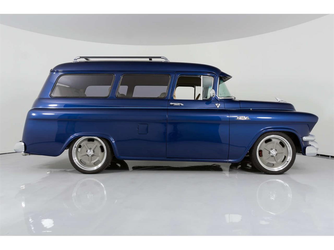 Large Picture of '55 Suburban - QVEO