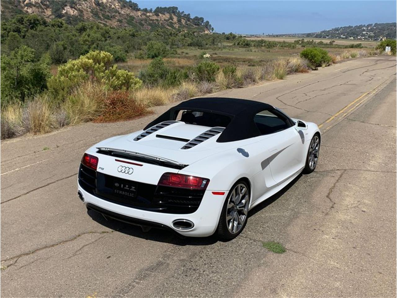 Large Picture of '12 R8 - QVN7