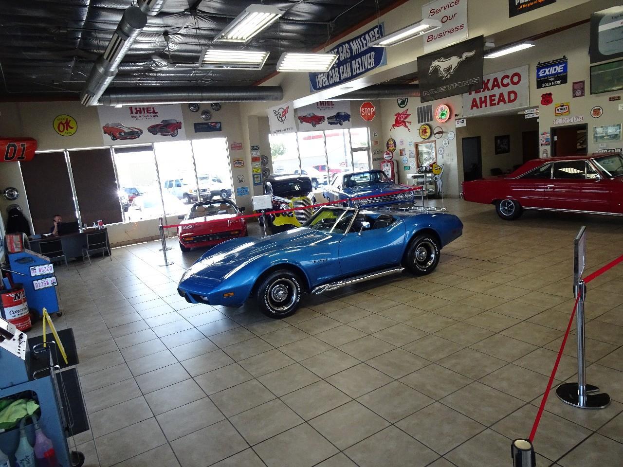 Large Picture of '75 Corvette Stingray - QVP0