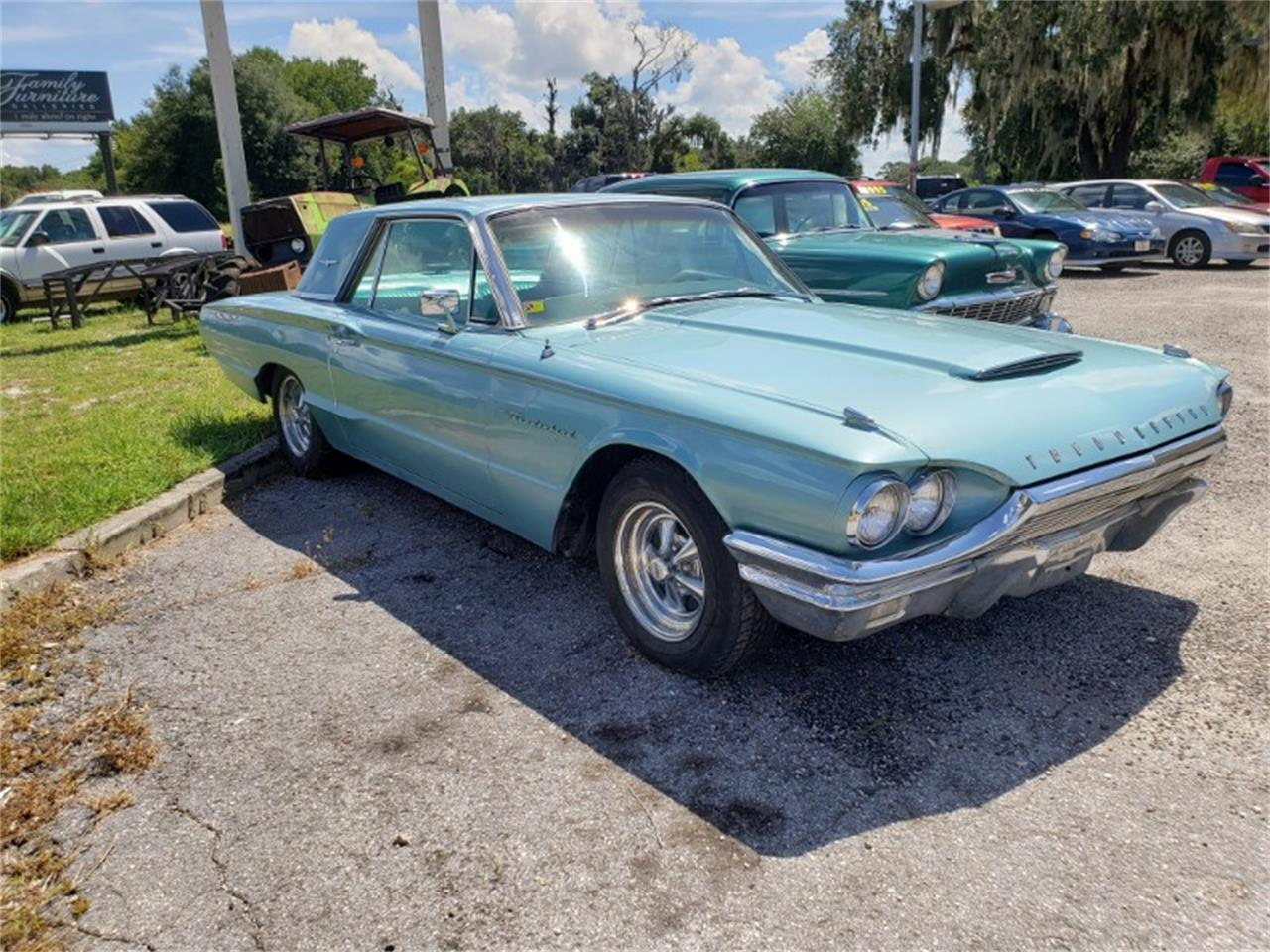 Large Picture of '64 Thunderbird - QSU9