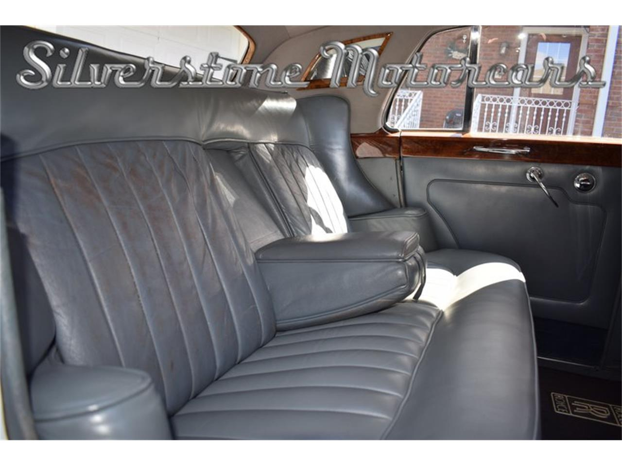 Large Picture of '65 Silver Cloud III - QSJH