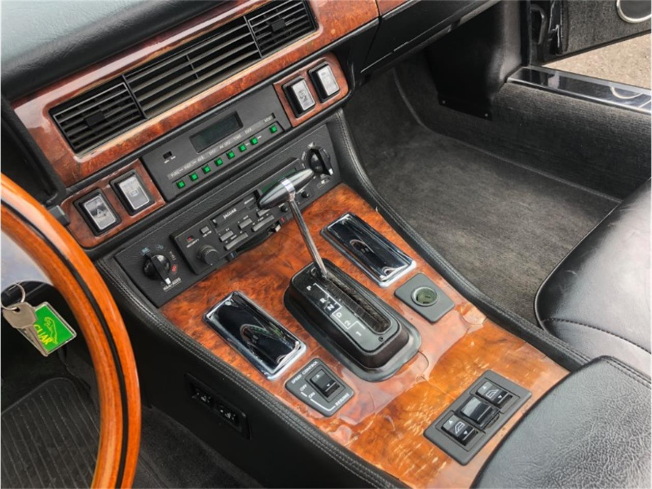 Large Picture of '87 XJ - QSUR