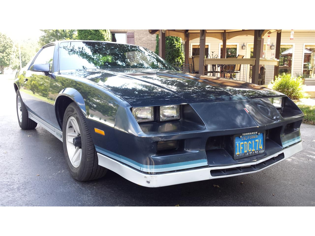 Large Picture of '82 Camaro Z28 - QW28