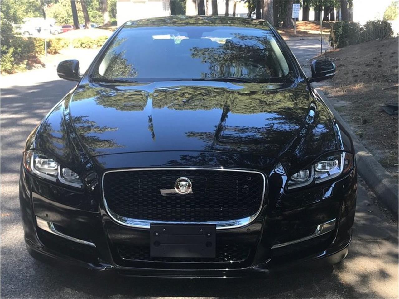 Large Picture of '17 XJ - QSVT