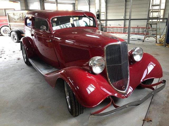 Picture of '33 Crown Victoria - QWCW