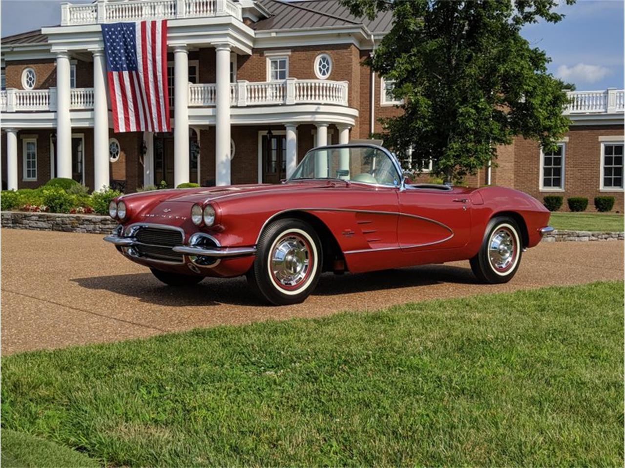 Large Picture of '61 Corvette - QSX0