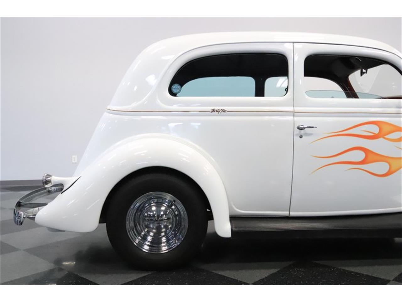 Large Picture of '35 Ford Slantback Offered by Streetside Classics - Phoenix - QWWI