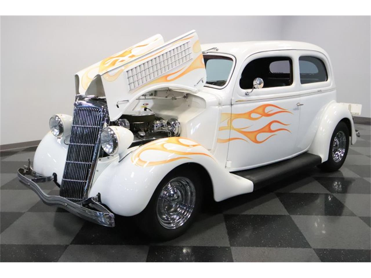 Large Picture of Classic 1935 Ford Slantback - QWWI