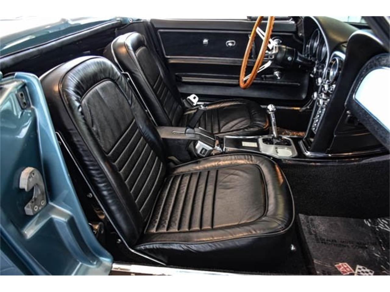Large Picture of '67 Corvette - QSYN