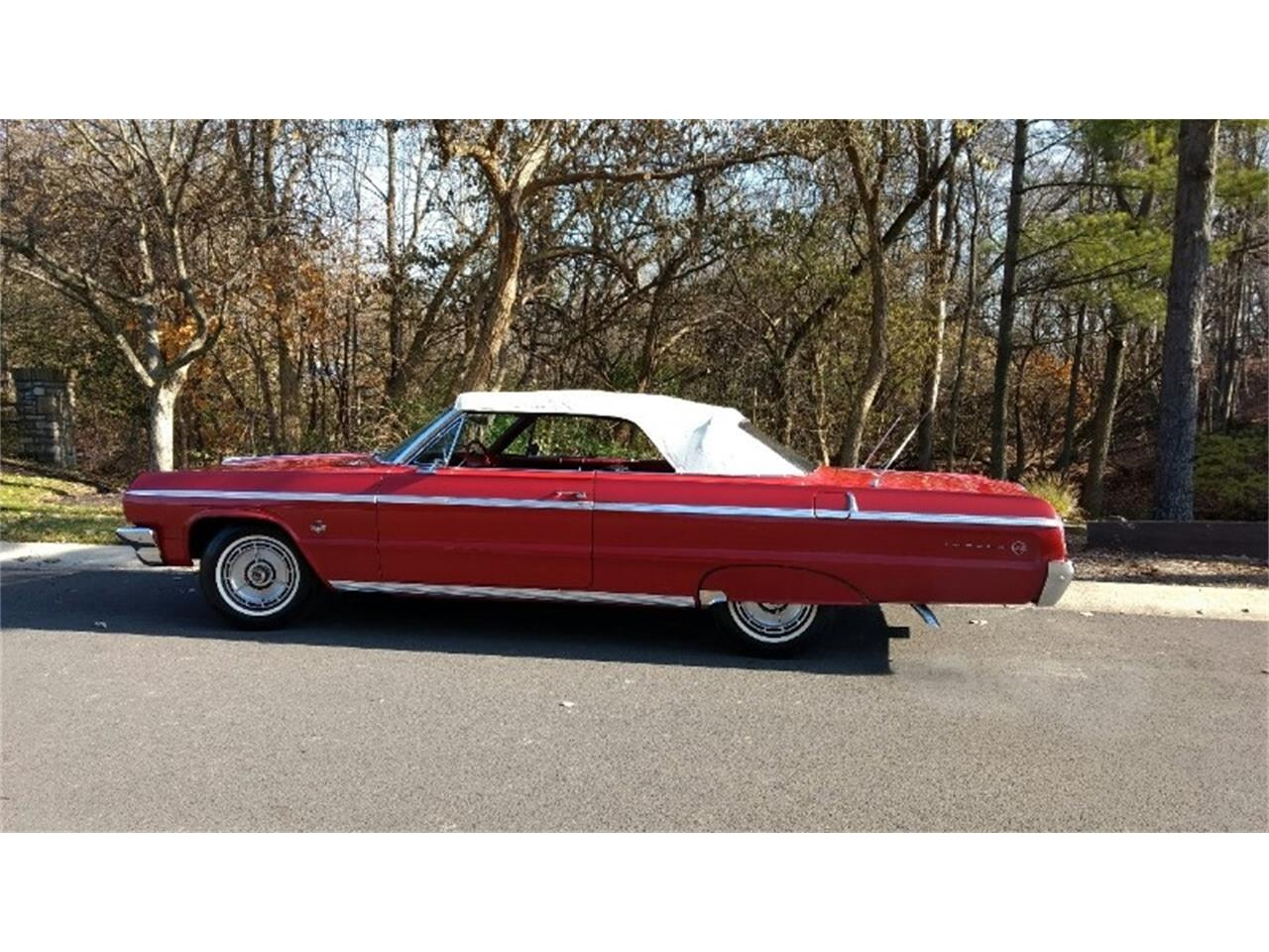Large Picture of Classic '64 Impala SS located in Dublin Ohio - QX31