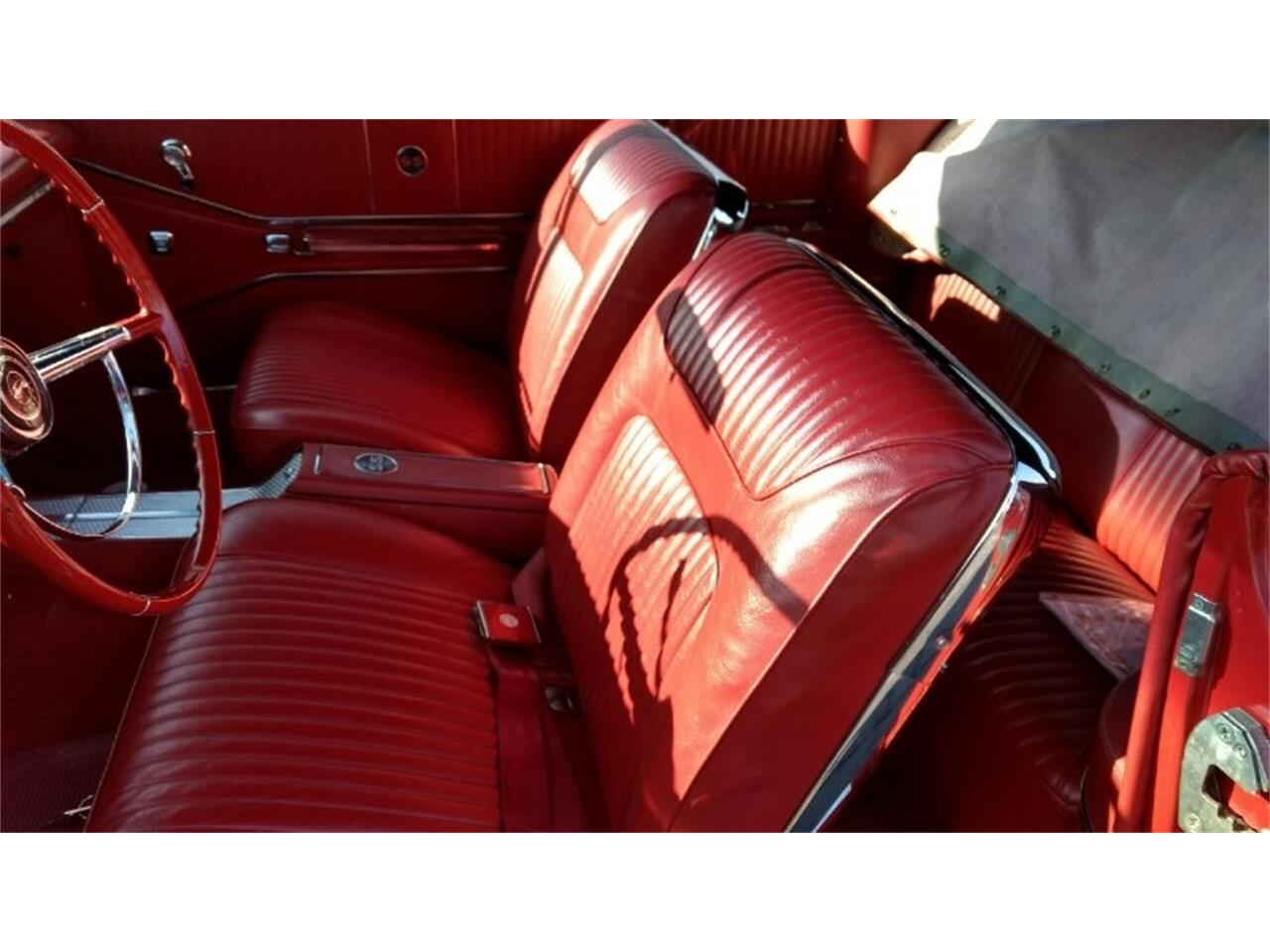 Large Picture of Classic '64 Impala SS Auction Vehicle Offered by Route 36 Motor Cars - QX31