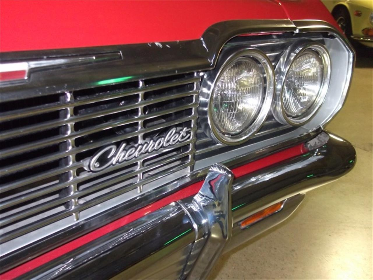 Large Picture of Classic '64 Chevrolet Impala SS Auction Vehicle Offered by Route 36 Motor Cars - QX31