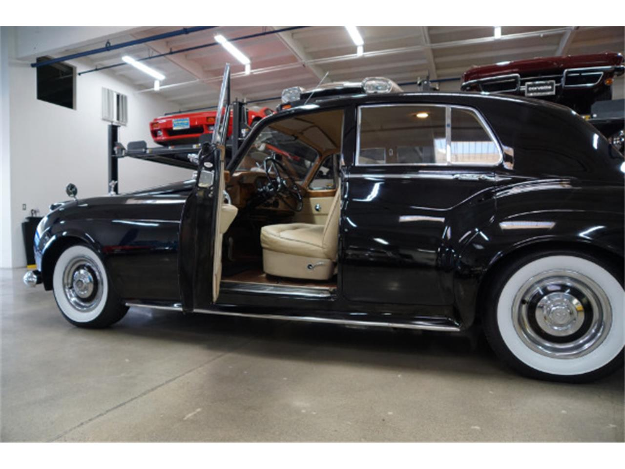 Large Picture of '59 Silver Cloud - QX5J