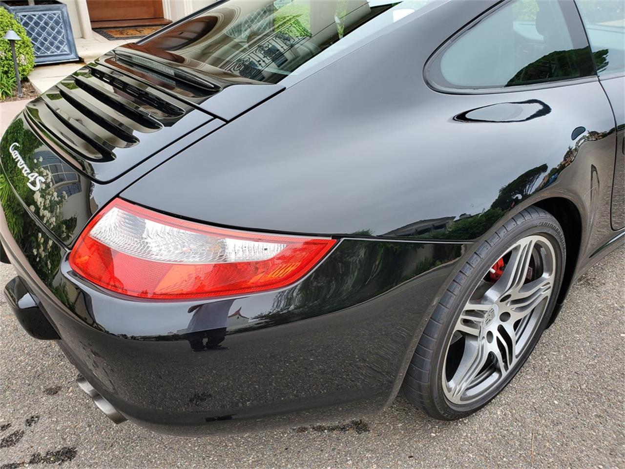 Large Picture of 2007 Porsche 911 Carrera 4S located in California - QT04