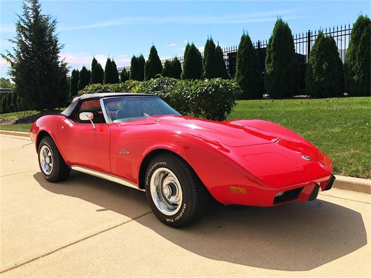 For Sale: 1975 Chevrolet Corvette in Burr Ridge, Illinois