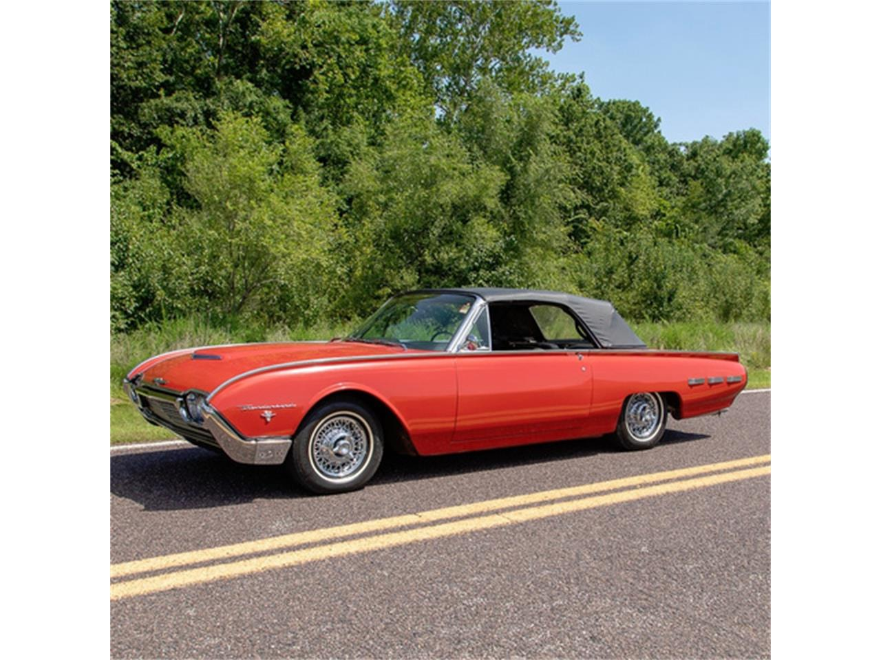 Large Picture of Classic '62 Ford Thunderbird Offered by MotoeXotica Classic Cars - QXLJ