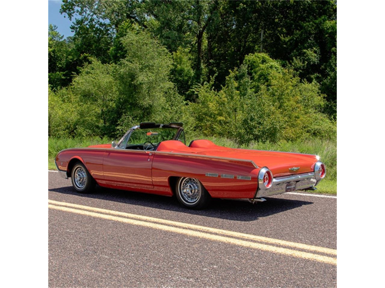 Large Picture of Classic '62 Thunderbird Offered by MotoeXotica Classic Cars - QXLJ