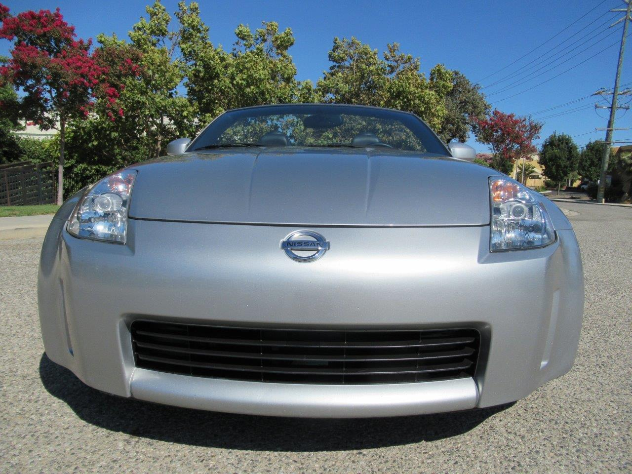 Large Picture of '05 350Z located in California Offered by California Cars - QXLK
