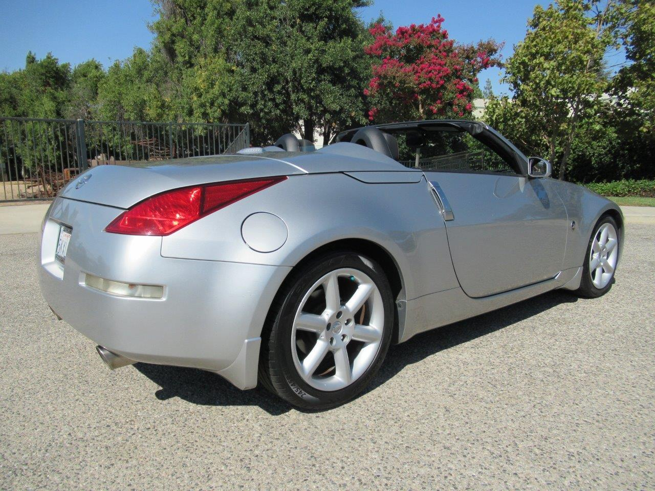 Large Picture of '05 Nissan 350Z Offered by California Cars - QXLK