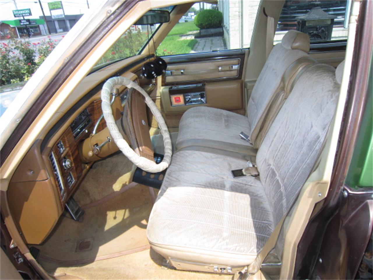 Large Picture of '77 Sedan DeVille - QT0P
