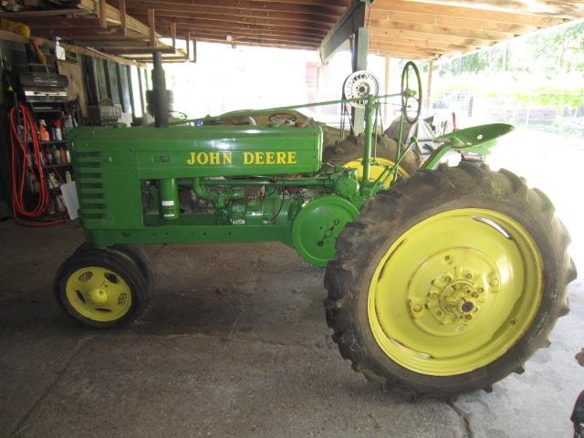 Picture of '47 Tractor - QXQS