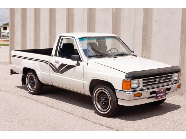 Picture of '88 Toyota Hilux located in Missouri - $13,900.00 - QXX1