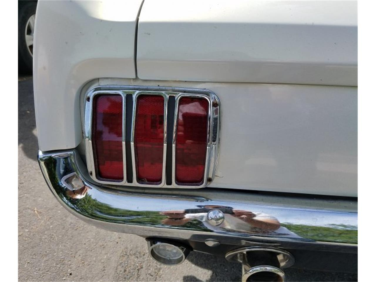 Large Picture of '64 Mustang - QY4V