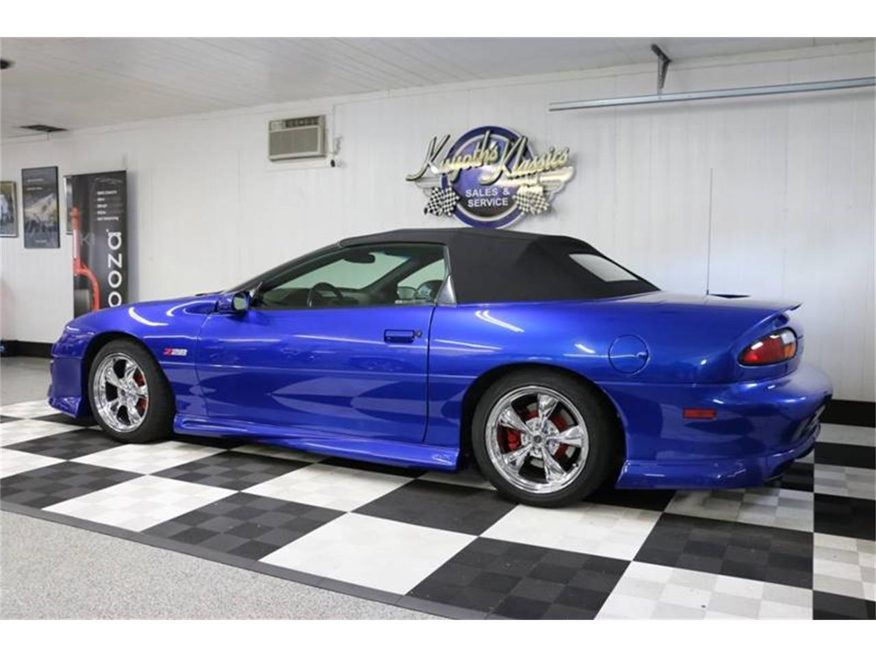 Large Picture of 2002 Chevrolet Camaro - $18,995.00 Offered by Kuyoth's Klassics - QY5C