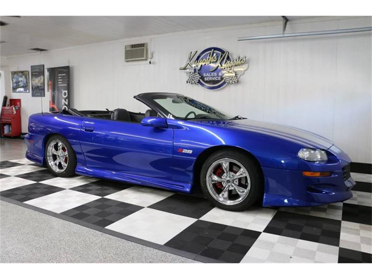 Large Picture of '02 Chevrolet Camaro - $18,995.00 Offered by Kuyoth's Klassics - QY5C