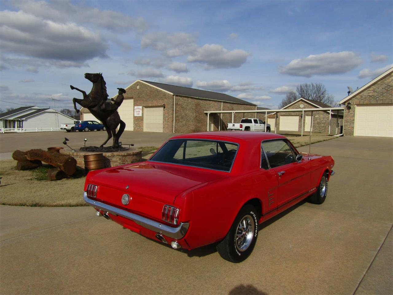 Large Picture of Classic '66 Mustang Auction Vehicle Offered by Vicari Auction - QY8O