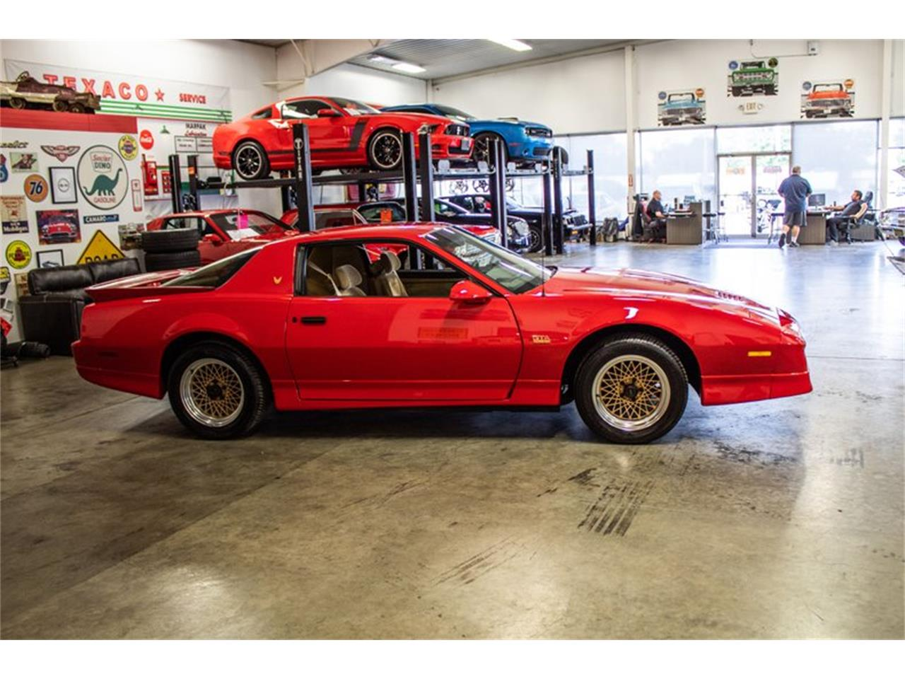 Large Picture of '87 Firebird Trans Am - QYA2