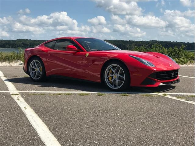 Picture of 2017 512 Berlinetta Auction Vehicle - QYB9