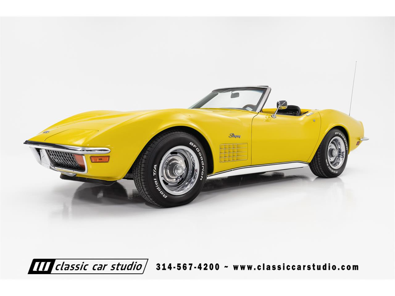 Large Picture of 1972 Chevrolet Corvette located in Saint Louis Missouri Offered by Classic Car Studio - QYC5