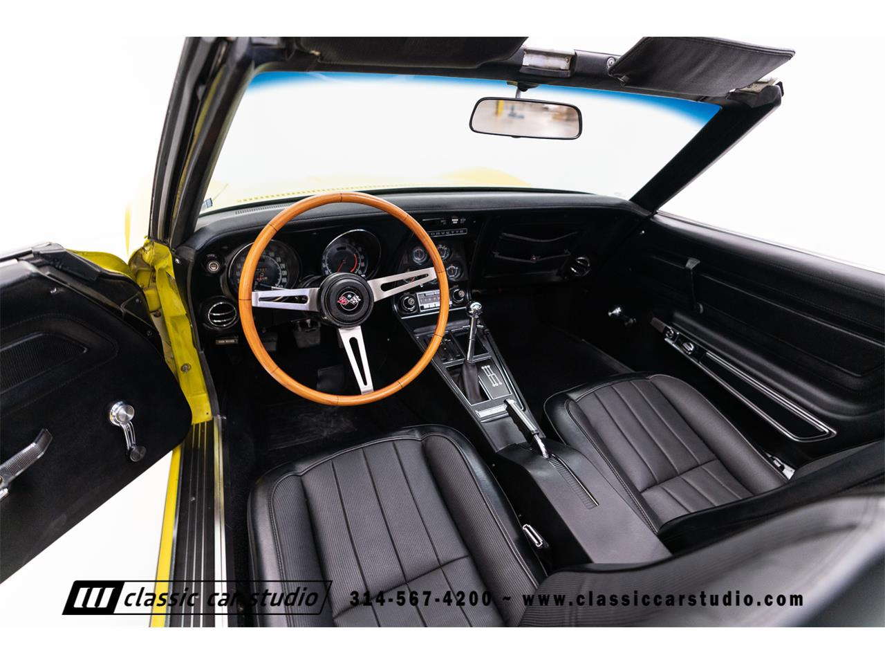 Large Picture of '72 Corvette located in Saint Louis Missouri - $37,900.00 - QYC5