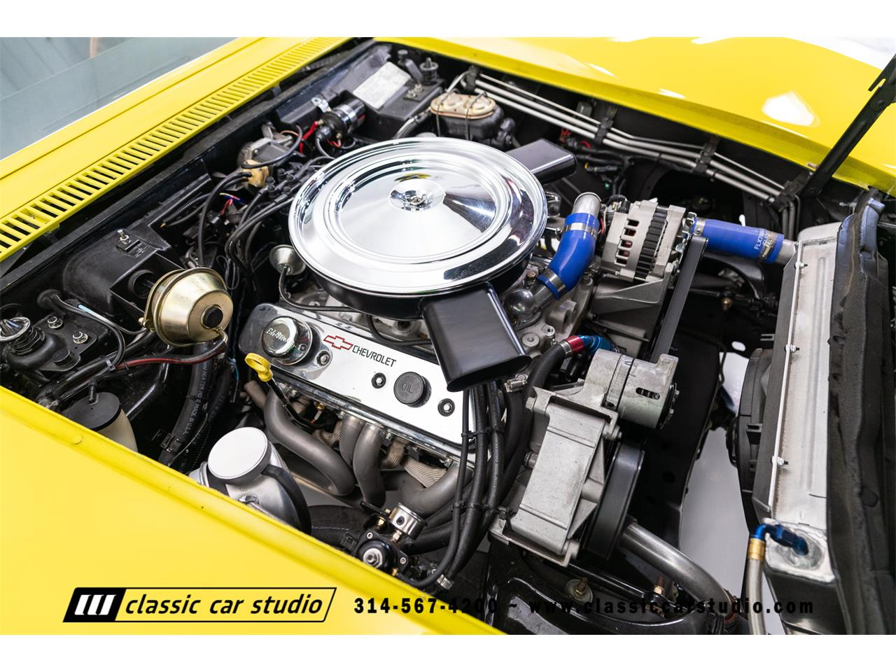 Large Picture of '72 Chevrolet Corvette Offered by Classic Car Studio - QYC5