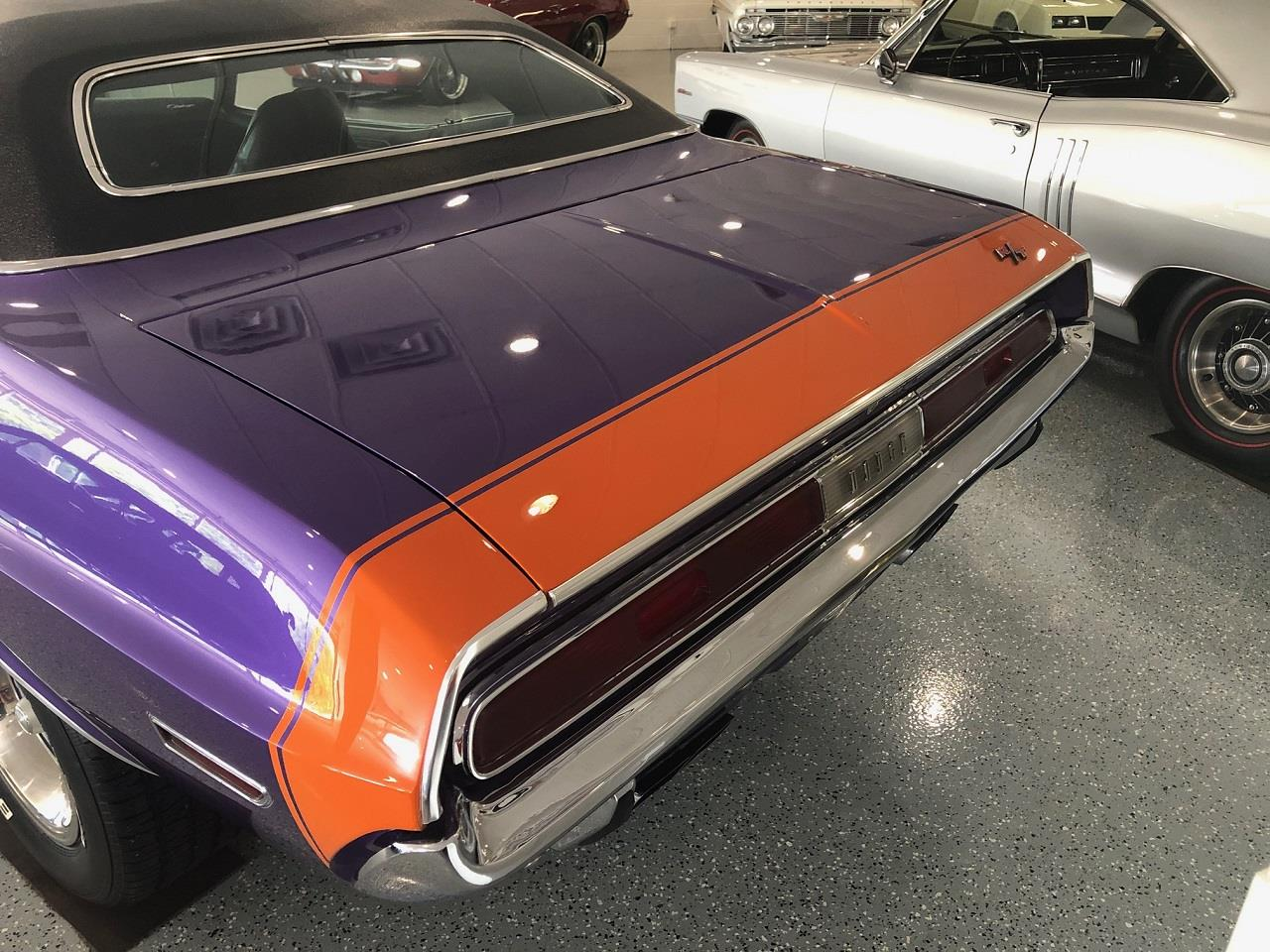 Large Picture of '70 Challenger R/T - QYD4