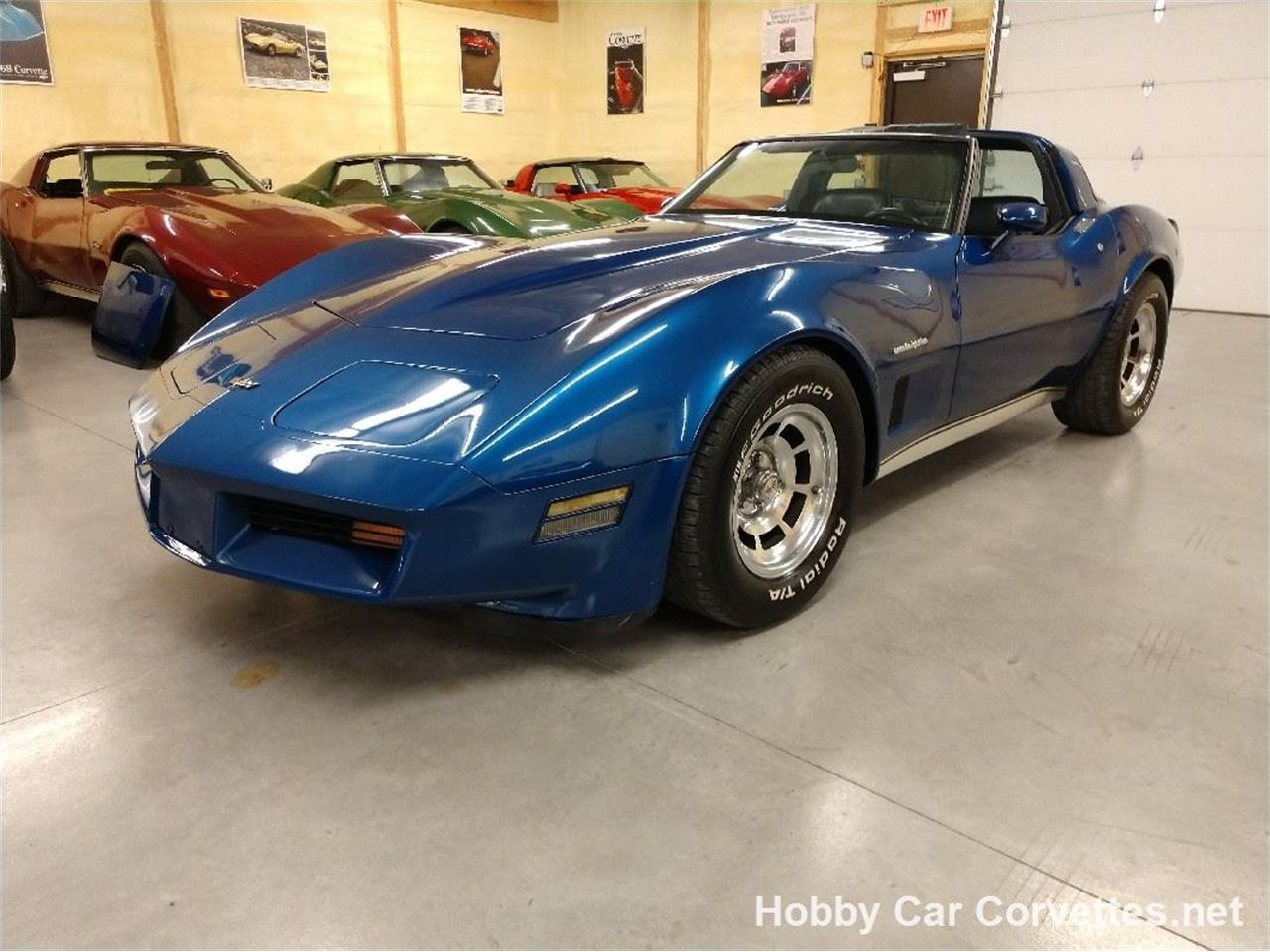 Large Picture of '82 Corvette - QYEM