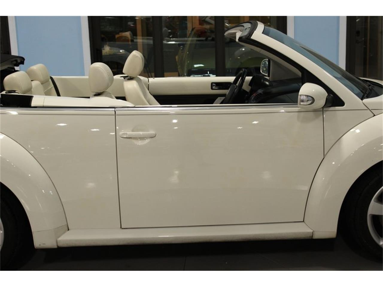 Large Picture of '07 Beetle located in Palmetto Florida - $7,997.00 Offered by Skyway Classics - QYHO