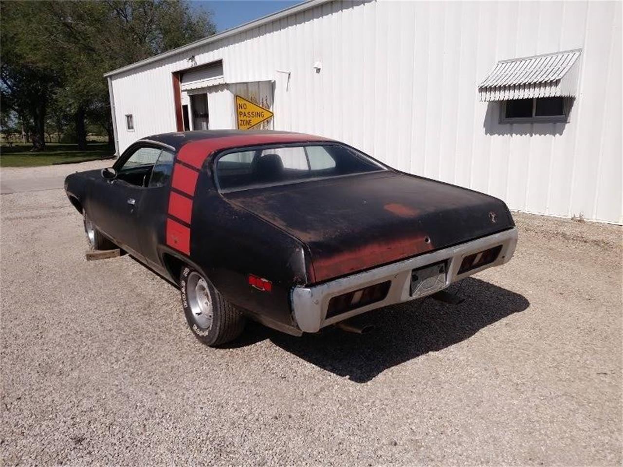 Large Picture of '71 Road Runner - QYP0