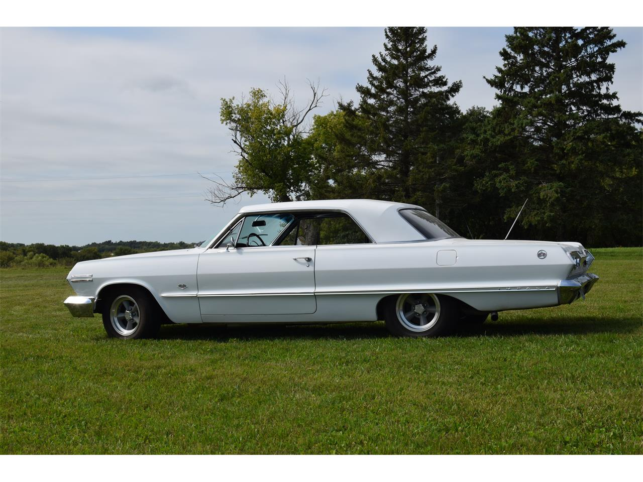 Large Picture of '63 Chevrolet Impala - $22,000.00 Offered by Hooked On Classics - QYPI