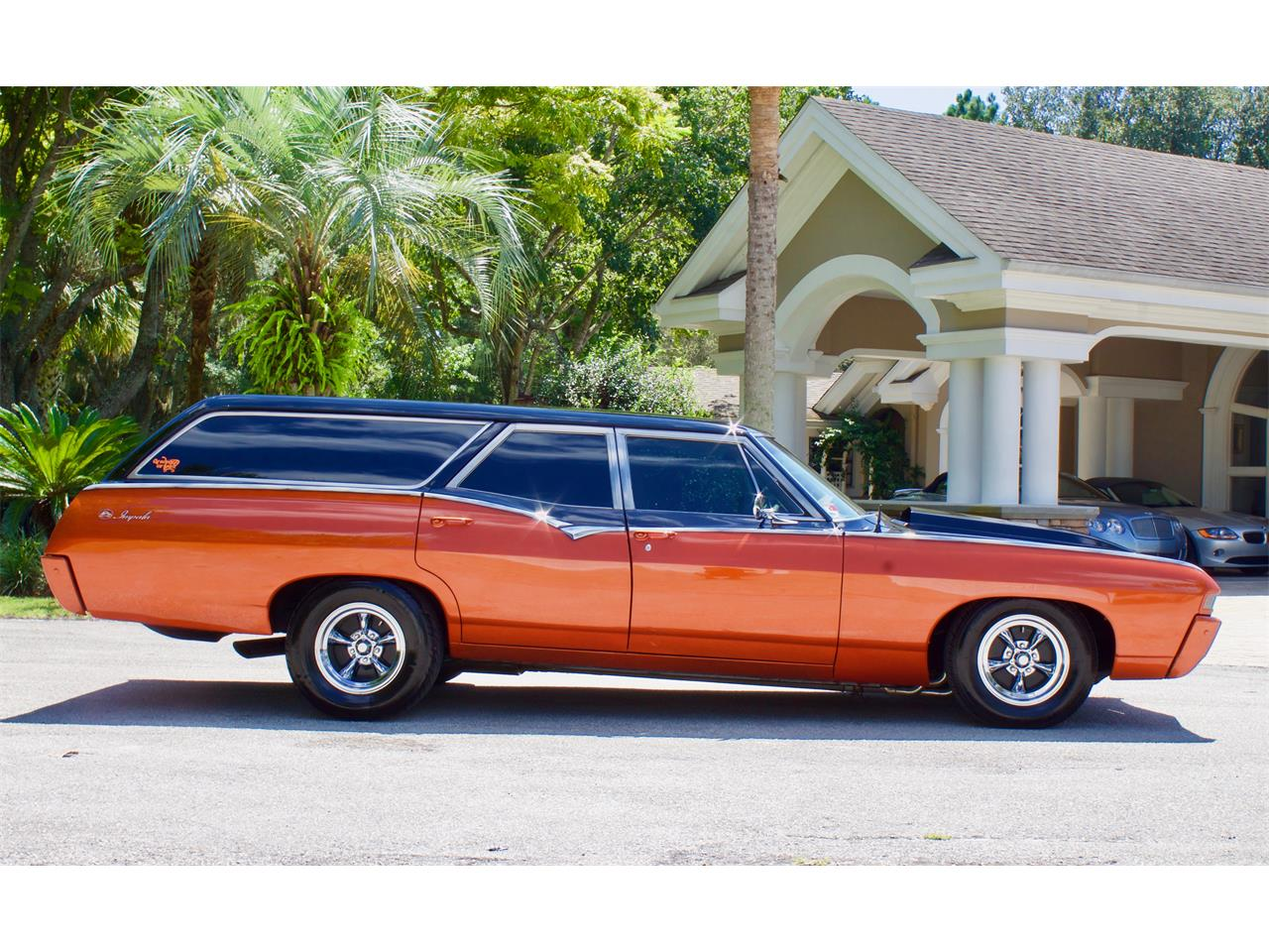 Large Picture of Classic 1968 Chevrolet Impala SS427 located in Florida - QYQC