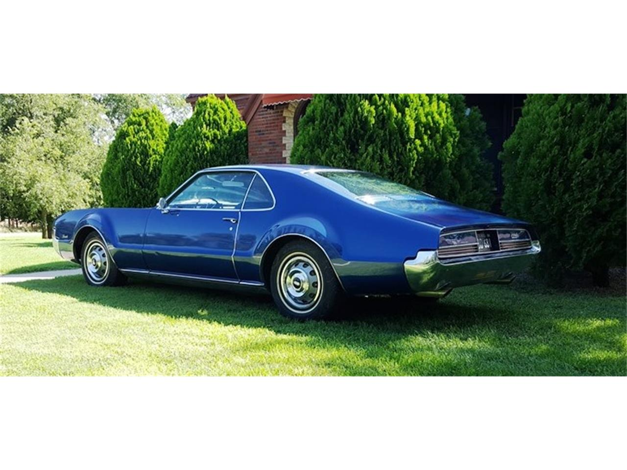 Large Picture of '66 Toronado - QYQE