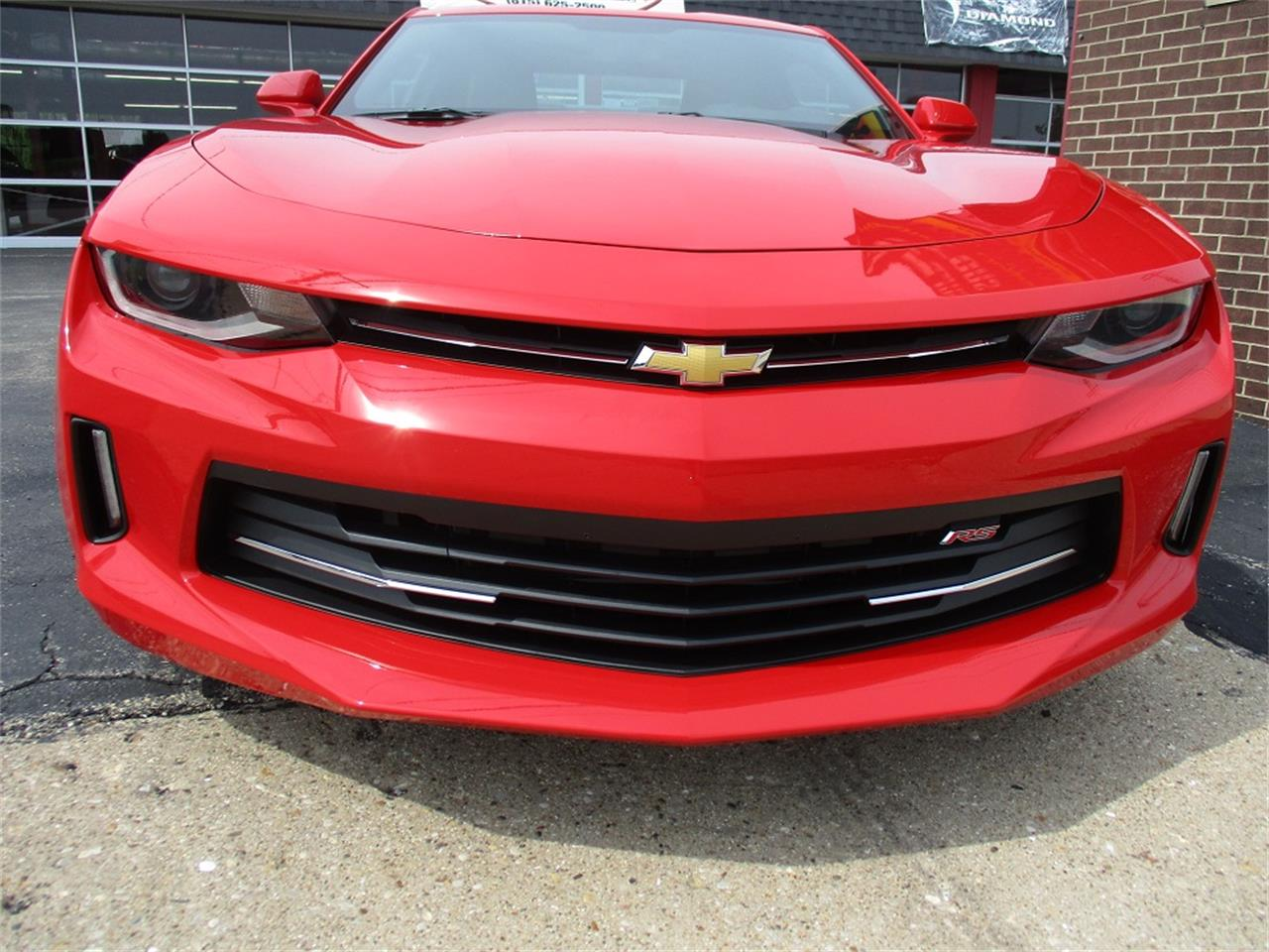 Large Picture of '16 Camaro RS located in Sterling Illinois Offered by Sterling Motors Inc. - QYQM