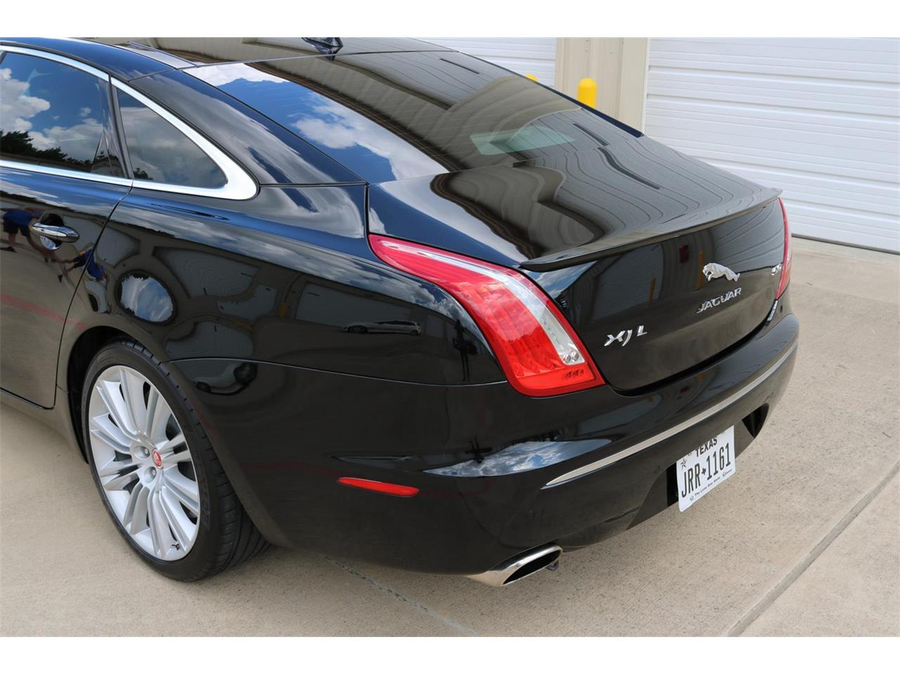 Large Picture of '14 XJ - QYQU