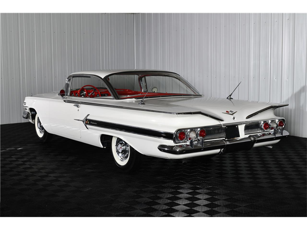 Large Picture of '60 Impala - QYU1